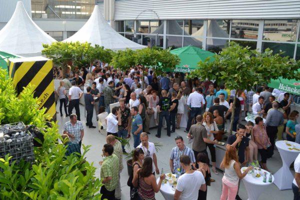 header-public-event-meee-event-generalunternehmer-generalunternehmung-agentur-catering-events-firmenevent-corporate-eventlocation-zuerich-schweiz