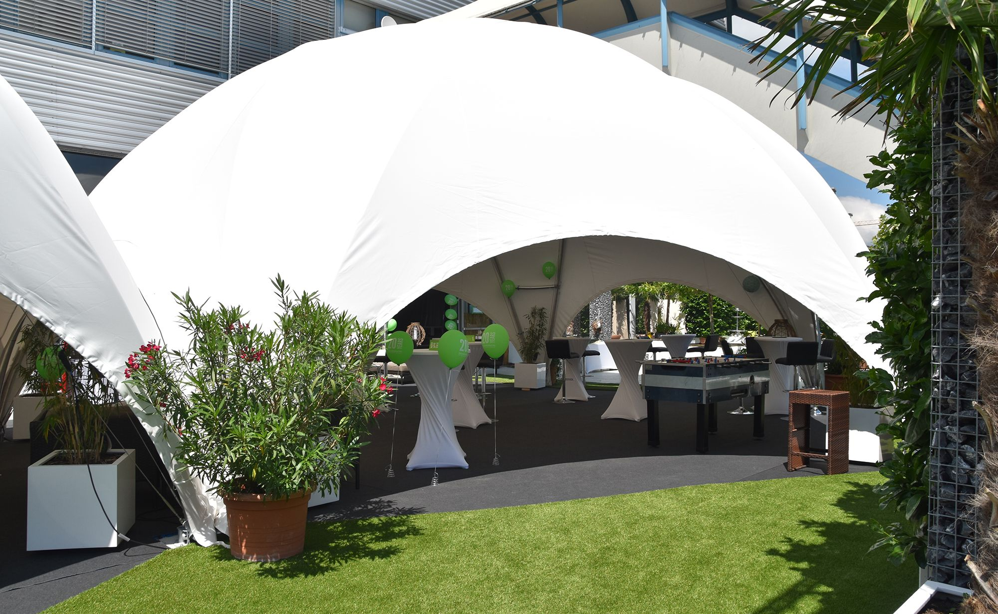 bild_background_outdoor_garten_eventgarten_outdoorbereich_13_starlite_eventhall_eventlocation_eventlokal_event_hall_location_lokal_venue_rapperswil_jona_zuerichsee