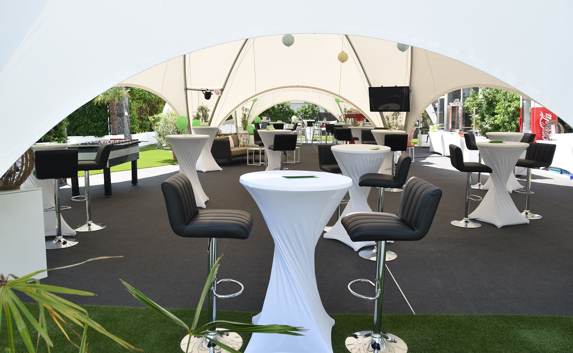 bild_background_outdoor_garten_eventgarten_outdoorbereich_8_starlite_eventhall_eventlocation_eventlokal_event_hall_location_lokal_venue_rapperswil_jona_zuerichsee